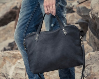 Black leather bag / black handbag / man laptop sleeve/ laptop bag / techno leather man bag / leather handles / handmade bag / amovible strap