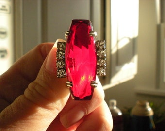 REDUCED Vintage 1940s HUGE Deco Style Faceted Ruby Rhinestone Oblong Brooch