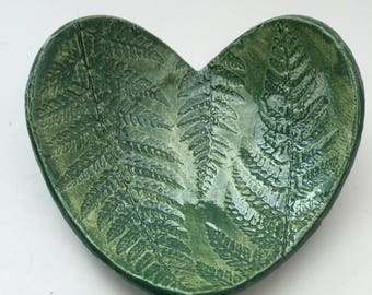 Ceramic heart shaped fern bowl handmade, green fern trinket bowl, small heart bowl, love bowl, pottery anniversary, 9th anniversary
