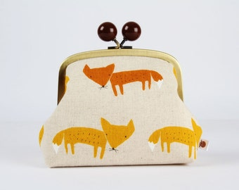 Metal frame clutch bag - Cute foxes on natural - Color bobble purse / Japanese fabric / rusty red orange brown fox