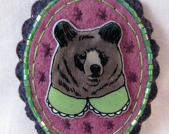 Illustrated Brooch - Bear in a Green Collar