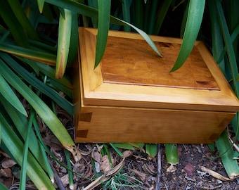 End grain wooden keepsake box