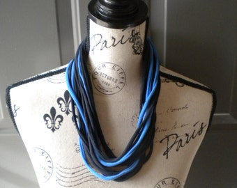 Jersey Scarf Necklace in Black and Blue