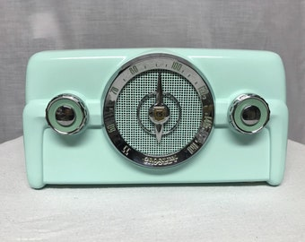 1950 Crosley 10-139 Vintage Retro Dashboard Tube Radio With Bluetooth Input