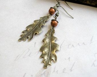 Leaf earrings, nature jewelry, long dangles, women's gift, oak leaves, leaf charm, long earrings, gift for her, fall jewelry, acorn