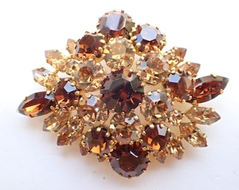Made in Austria hook and eye layered rhinestone brooch AB229