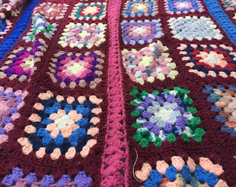 Vintage Granny Square Afghan / Throw / Quilt