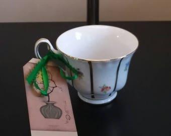 Teacup Ikebana Vase