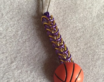 Chainmaille basketball zipper pull with team colors