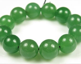 Luscious Quality Green Aventurine Round Bead - 10mm - 12 beads - B7527