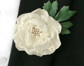 Flower Boutonniere Ivory Wedding Brooch Boutonniere Silk Flower Boutonniere Peony Boutonniere Wedding Gift Mens Buttonhole Groom Lapel Pin