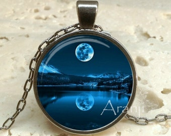 Moonlight reflections art pendant, full moon pendant, moon pendant, moon necklace, full moon necklace, moon jewelry, moon, Pendant #SP137GM