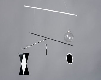 Montessori Munari Mobile-Black and White Baby Mobile