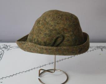 1950s Wool Felt Hat // Saks Fifth Avenue