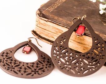 Bohemian Earrings, Wood Earrings, Black and Red Earrings, Spanish Earrings, Chandelier Earrings, Gift For Her, Wood Earrings, Boho Earrings