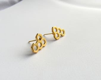 14k Honeycomb Stud Earrings // Bee Jewelry // Gold Plated Earrings