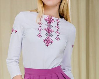 T-shirt with russian style embroidery / Slavic ornament woman white t-shirt / Russian long sleeve / Russian blouse