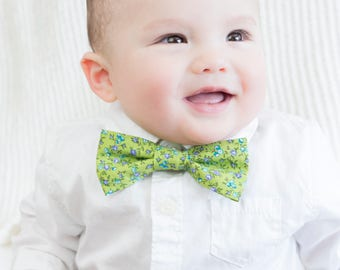 Green with Blue Floral Print Child's Bow Tie