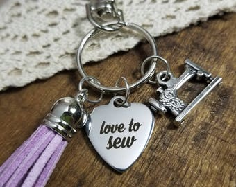 gift for sewer, gift for quilter, gift for grandma,  sewing keychain,  seamstress gift, sewing machine keychain, sewing charm keyring