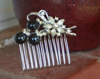 H17 Vintage Crystal Clear Diamond Rhinestone Flower Black Berry Upcycled Hair Comb