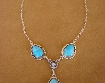"18"" Navajo handmade necklace with three Kingman turquoise stones (B)"
