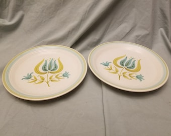 """Pair of Franciscan Tulip time Salad plates 8"""""""