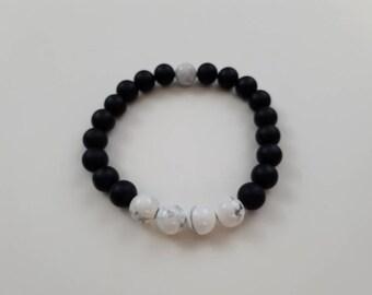 High quality vegan, ethical, handmade gemstone bracelet. Beads; matte black onyx and howlite