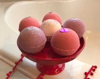 Lush for Lovers: Valentine's Day *Limited Edition* Bath Bombs (6 count)