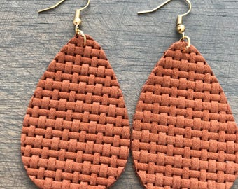 Saddle Brown Weave Leather Teardrop Earrings