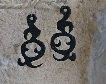 Design leather earrings