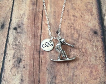 Snowboarder initial necklace - snowboard jewelry, gift for snowboarder, winter sports jewelry, skiing jewelry, silver snowboard necklace