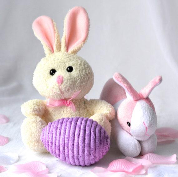Violet Easter Egg, Handmade Easter Decoration, Floral Easter Egg, Cute Easter Basket Filler, Easter Egg Hunt Egg