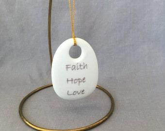 """Bouquet Charm - """"Faith Hope Love"""""""