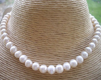 Genuine Cream Freshwater Pearl Necklace - Silver Clasp - 16""
