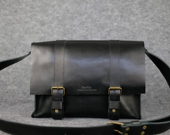 Men's city-style messenger bag, Leather messenger bag, Leather laptop bag,  Leather satchel bag, Leather bag for men, Mens bag, Leather Bag