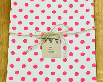 100% Cotton Tea Towel with Fluorescent Pink Spots