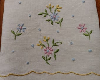 Vintage Floral Linen Embroidery Napkins Set of 3