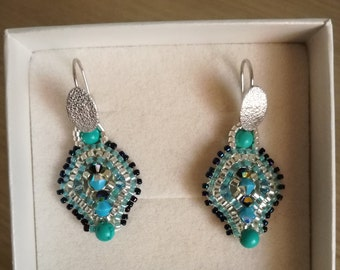 Handmade earrings with glass beads, swarovski crystal and turquoise beads