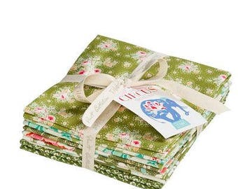 TILDA Fabric CIRCUS Collection Fat Quarter Bundle in Green (5fq's) Precut by Manufacturer