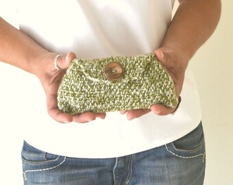 Crochet Clutch 50% OFF Envelope Wallet Yarn Pouch Moss Green White Small Cozy Case