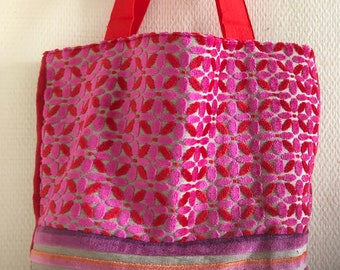 Tote shopping spring