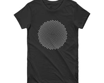 "Cotton ""Pure spiral"" tee shirt / Short Sleeve Women's T-shirt by Alternative apparel / original design by Alcove / sustainable fashion"