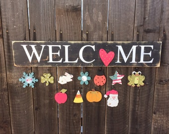 Seasonal Welcome Sign