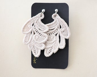 Leaf Embroidered Lace Earrings