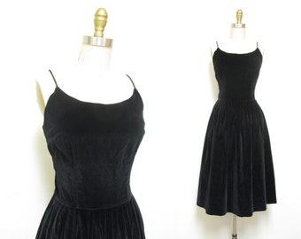 Vintage 1950s Dress   Black Velvet 1950s Party Dress   size small - medium