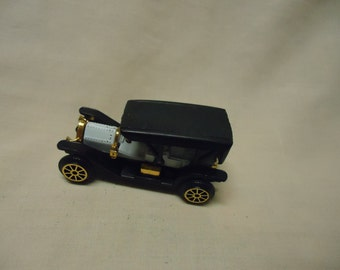Vintage Plastic Classic Car Toy, no 306, Made in Hong Kong, collectable