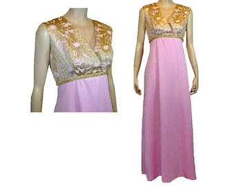 In The Pink - Vintage 1970's Prom Dress Gown - Medium