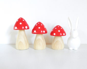 Dreamy Mushrooms - Set of three Red with natural stems