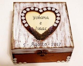 Couple Gift Box, Bride Gift Box, Custom Gift for Couple, Gift for Her Box, for Bride Box, Personalized Box, Wedding Custom Box, Couple Chest