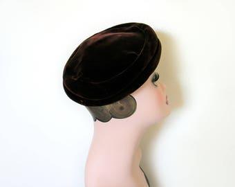 Vintage Dark Brown Velvet Beret Hat~ 1950's